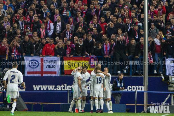 Celebración del Real Madrid en el Vicente Calderón | Foto: Daniel Nieto - VAVEL