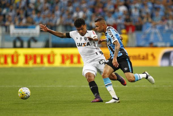 Gaúchos valorizam vantagem da ida e consolidam título após 15 anos (Foto: Lucas Uebel/Grêmio)