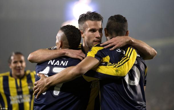 Fenerbahçe celebrate their 2-0 win in Turkey last week. | Photo: EPA