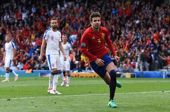 Piqué celebra el gol ante España. Imagen | Don Balón