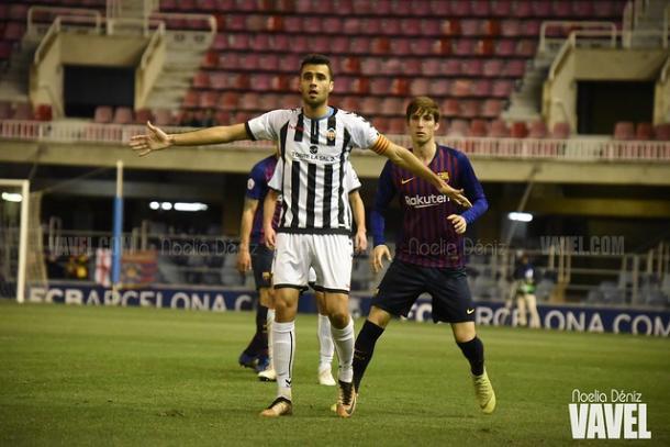 Cubillas y Miranda en el último partido entre Barça y Castellón. FOTO: Noelia Déniz