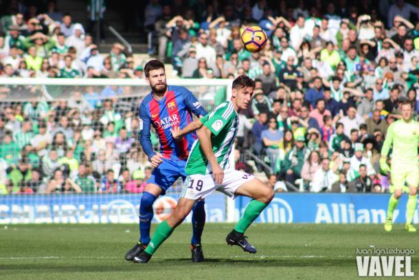Piqué en un partido de la pasada temporada | Foto: Juan Lechuga, VAVEL