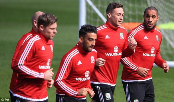 Williams (right) and Chester (second from right) in Wales training. (Photo: PA)