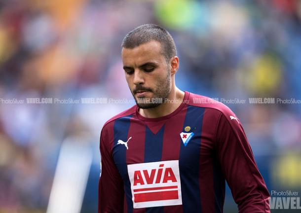 El jugador de la UD Eibar, Pedro León. Fuente: Photosilver (vavel)