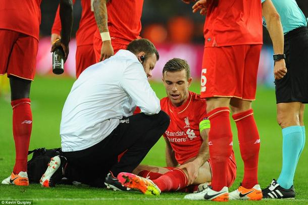 Klopp revealed post-match that Henderson will have a scan to determine the extent of the problem he suffered on Thursday. (Photo: Kevin Quigley)
