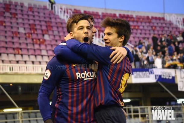 Los jugadores del Barça B celebrando un gol. FOTO: Noelia Déniz