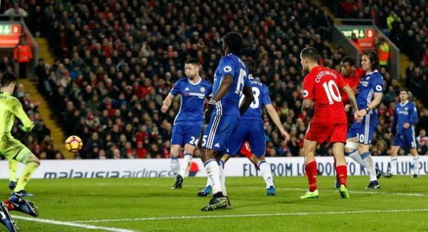 Il gol di Wijnaldum | The Guardian