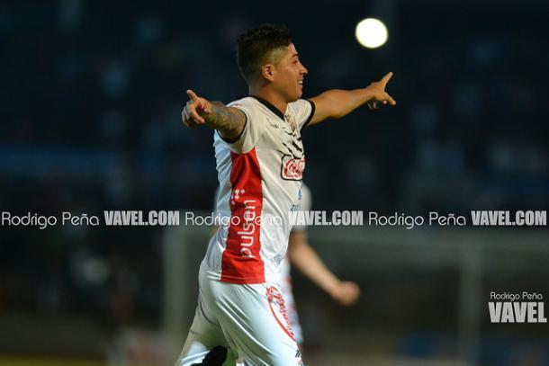 Diego Jiménez festejando su gol ante Mineros | Foto: Rodrigo Peña VAVEL