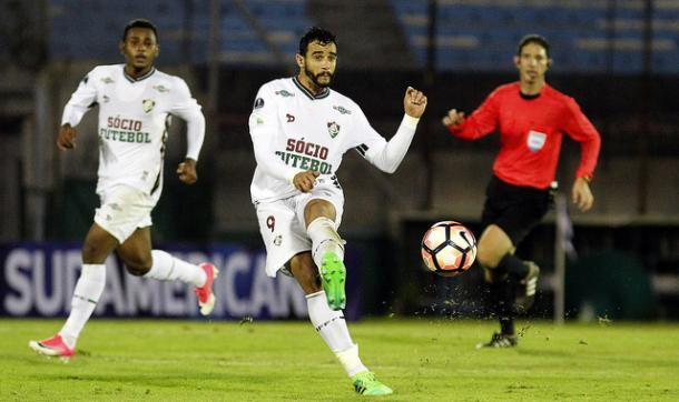 Santos perde para o Fluminense e amplia tabu negativo em estreias
