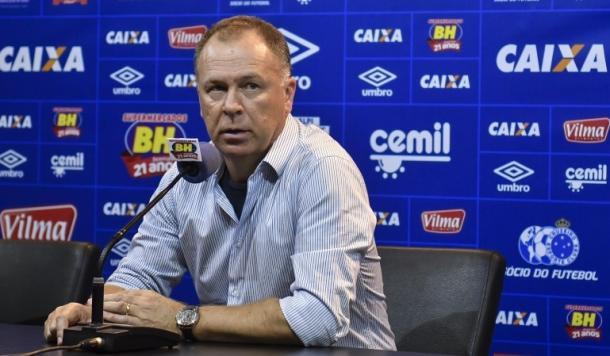 Mano Menezes volta ao comando do time na próxima rodada (Foto: Washington Alves/Cruzeiro)