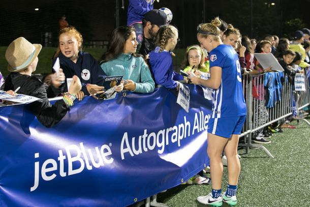 JetBlue Airways will now be featured prominently at Jordan Field | Source: bostonbreakerssoccer.com