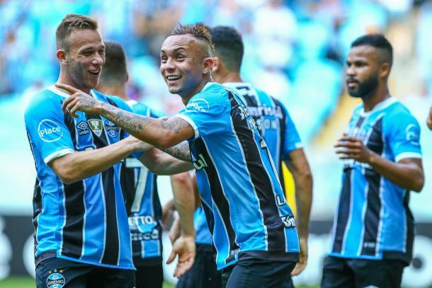 Everton mostra qualidade e marca segundo gol gremista (Foto: Lucas Uebel/Grêmio FBPA)