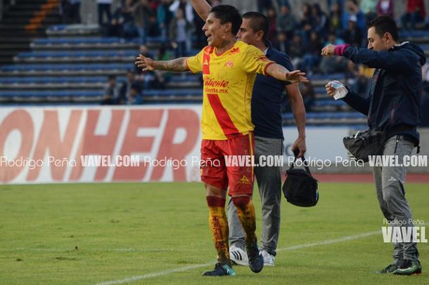 Raúl Ruidíaz durante el duelo ante Lobos BUAP I Foto: Rodrigo Peña VAVEL