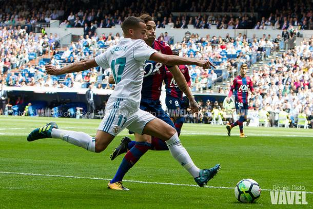 Lucas Vázquez en el partido contra el Levante donde los blancos empataron a uno I Foto: Daniel Nieto (VAVEL)