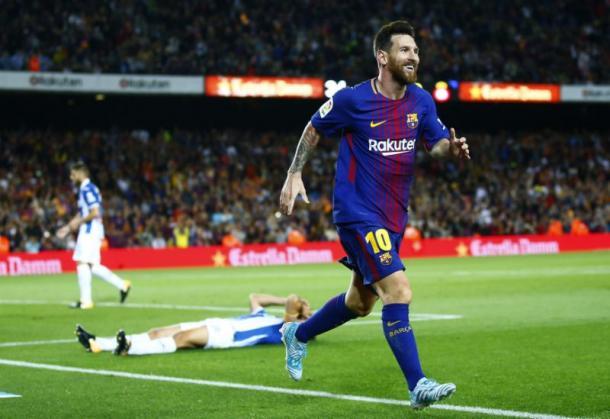 Messi stende l'Espanyol e festeggia.   Fonte immagine: Yahoo