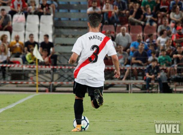 Matos, el mejor jugador del Sevilla Atlético en el partido, ante la UD Almería | Foto: Diego Carmona (Vavel)