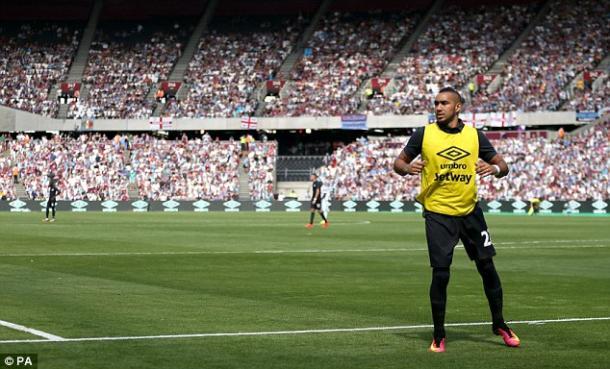 Above: Dimitri Payet warming up during West Ham's 3-2 defeat to Juventus | Photo: PA