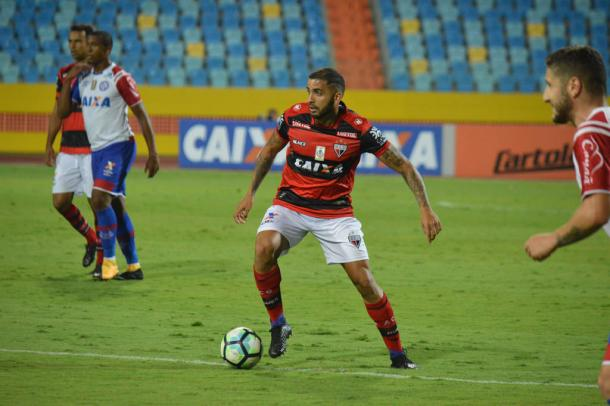 Um dos nove empates do rubro-negro na Série A 2017: 1 a 1 em casa diante do Bahia (Foto: Paulo Marcos/ACG)