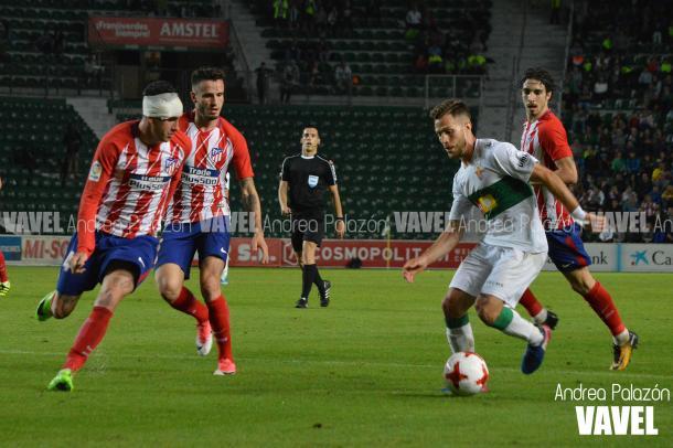 Giménez terminó el partido con una venda. || FOTO: Andrea Palazón - VAVEL