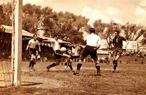 Campeones de Copa 1937-1938 | Foto: Club América - Sitio Oficial