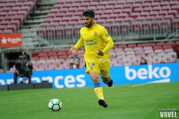 Tana frente al Barcelona FC // Ernesto Arodilla