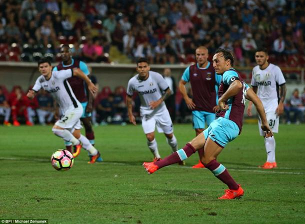 Above: Mark Noble converting his penalty in West Ham's 1-1 draw with Astra Giurgiu | Photo: BPI/Michael Zemanek