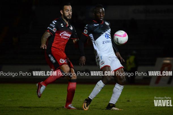 Julian Quiñones durante el duelo ante Xolos I Foto: Rodrigo Peña VAVEL