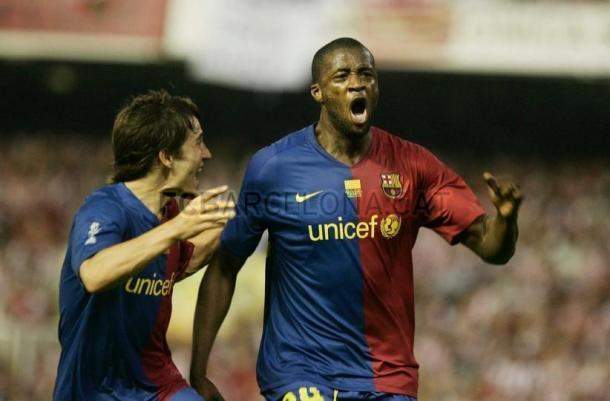 Yaya Touré celebrando su gol en la final de Copa junto al también goleador de la noche Bojan Krkic. Foto: Archivo FC Barcelona