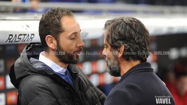Machín, conversando con Quique Sánchez Flores en el último Espanyol-Girona. | Foto: Ernesto Aradilla