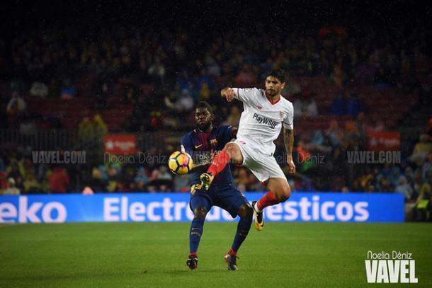 Samuel Umtiti con el FC Barcelona en el Camp Nou ante el Sevilla | Foto: Noelia Déniz, VAVEL