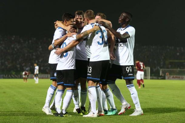 Los jugadores del Atalanta celebran un gol en Sarajevo / Foto: Atalanta