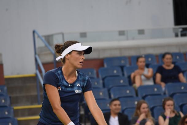 Maria serves during her first set win/Photo: John Lupo/VAVEL UK