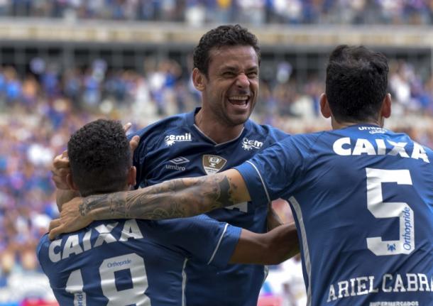 Campolina destacou que por não ter histórico de lesões no local, Fred a recuperação pode ser ajudada (Foto: Washington Alves/Light Press/Cruzeiro)