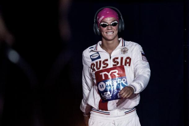 Yuliya Efimova minutos antes de disputar la final. / Foto: LEN