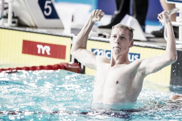 Florian Wellbrock festejando el oro en los 1500 libres. / Foto: LEN
