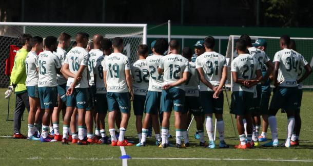 Com novas peças, elenco do Palmeiras se reúne com treinador (Foto: Cesar Greco/Ag Palmeiras/Divulgação)