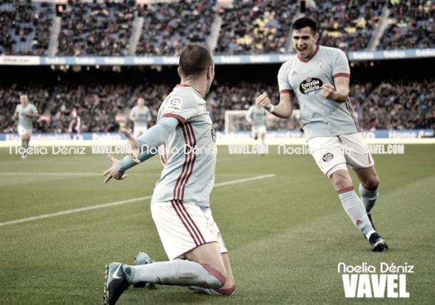 Maxi Gómez celebra un gol con Aspas. Foto: VAVEL