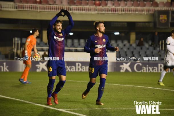 José Arnáiz celebra su último gol con el FC Barcelona B ante el Sporting de Gijón | Foto: VAVEL.com, Noelia Déniz