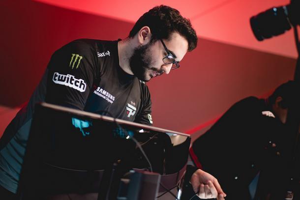 Takeshi com seu Ornn foi o destaque do segundo jogo (Foto: Divulgação/Riot Games Brasil)