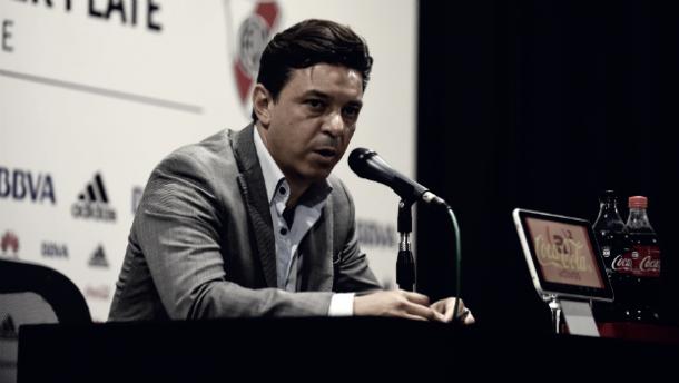 Gallardo sufre por las lesiones en River. / Foto: River Oficial