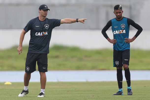 Matheus Fernandes será importante no esquema de Felipe Conceição (Foto: Vitor Silva/SS Press/Botafogo)