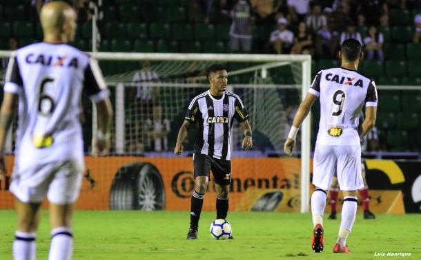Figueira foi superado pelo Galo pelo placar mínimo diante de seus torcedores (Foto: Luiz Henrique/Figueirense)