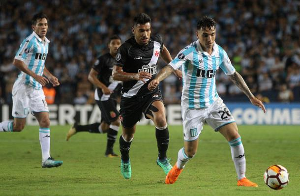 Vasco precisa da vitória para não ter uma eliminação precoce na competição (Foto: Carlos Gregório Jr/Vasco)