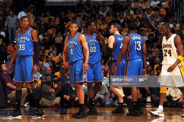 Kobe Bryant y los OKC en los Playoffs de 2010. Vía: Getty Images