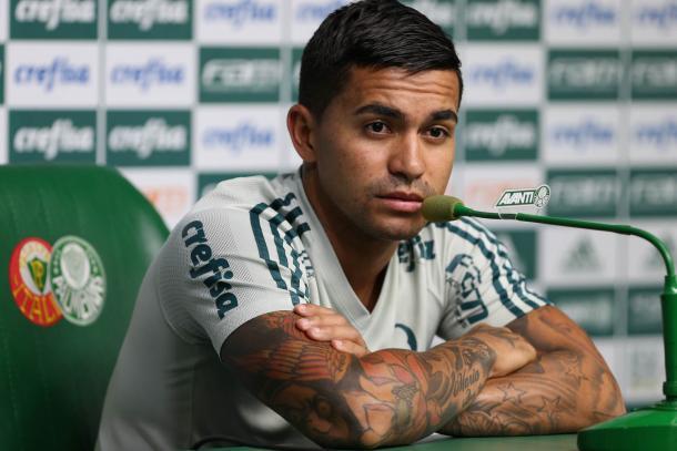Palmeiras vence o Corinthians e sai na frente na decisão do Paulistão