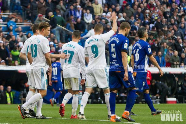 Benzema, de pênalti, fechou a conta no Bernabéu