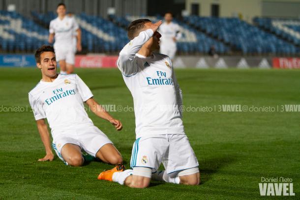 Quezada, celebrando el tercer gol // Fuente: Dani Nieto (VAVEL)