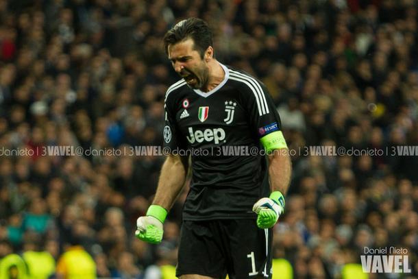 Buffon celebra uno de los goles de ayer   Foto: Daniel Nieto (VAVEL)