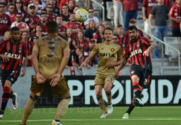 Furacão valorizou a vantagem do primeiro tempo e sacramentou nova vitória (Foto: Marco Oliveira/Atlético-PR)