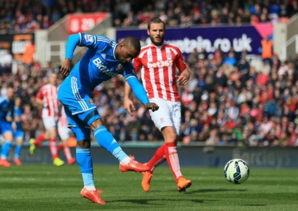 Defoe in action agaisnt Stoke last season   photo source: Sunderland Echo